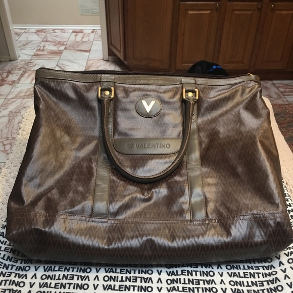 c7719f2120 Auth Mario Valentino Large PVC/Leather Tote w/Dust.  M_5b2ed157f63eead0cff76f6d. Other Bags ...